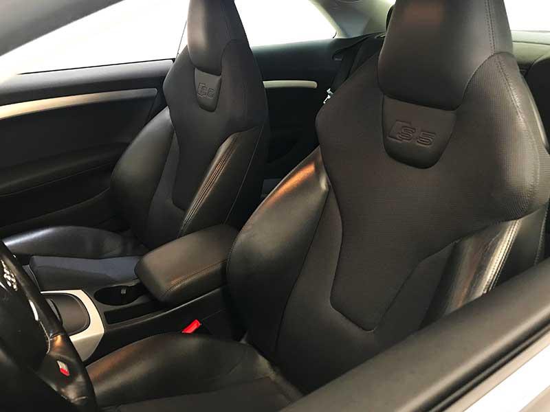 carsmultimarca.com, Audi s5 Quattro 4.2fsi, vista de asientos.