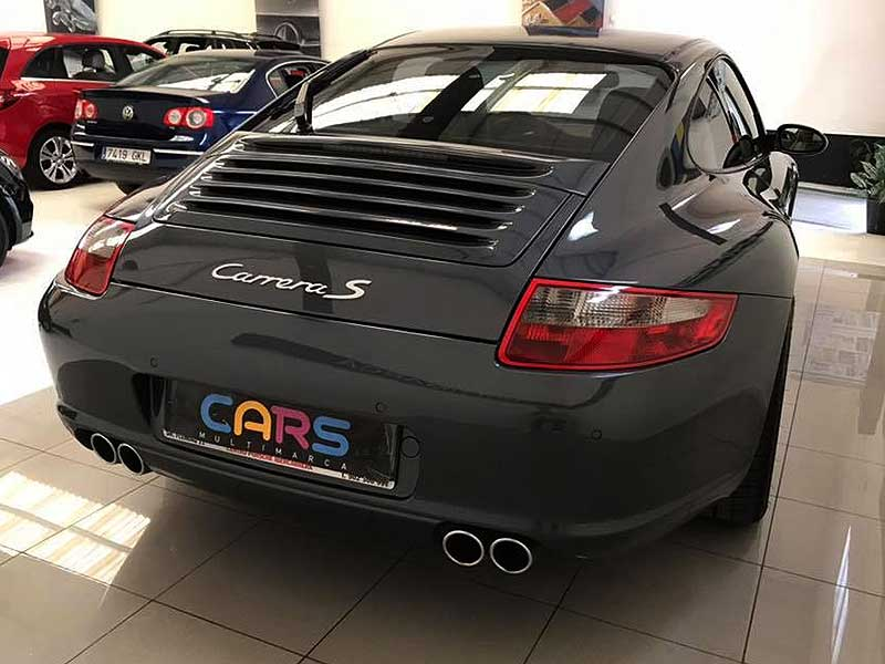 PORSCHE 911 Carrera S, carsmultimarca.com, vista posterior.