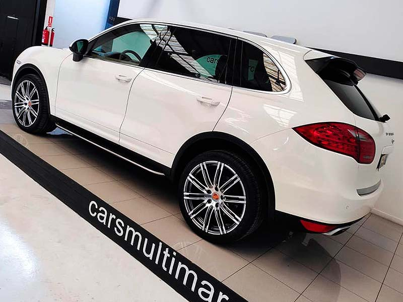 Porsche Cayenne V6, carsmultimarca, vista lateral.