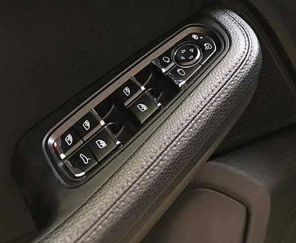 PORSCHE Macan S diesel, carsmultimarca, vista controles