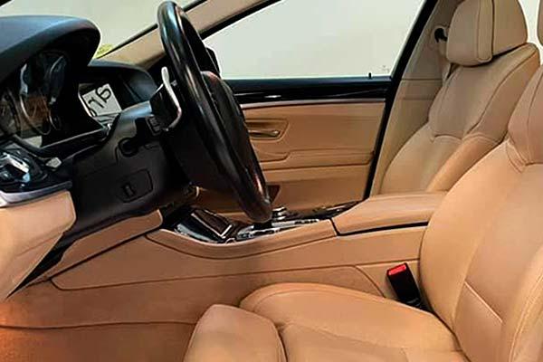 BMW 520d, carsmultimarca.com, vista de asientos.