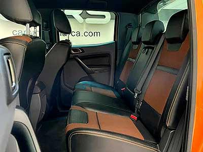 asientos posteriores