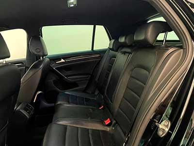 asientos posteriores en piel